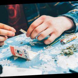 Viele Briten wollen im Januar auf Alkohol verzichten – und greifen stattdessen zu Marihuana
