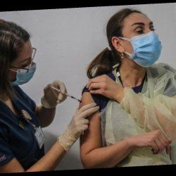 Corona-Impfung könnte Infizierte weniger ansteckend machen