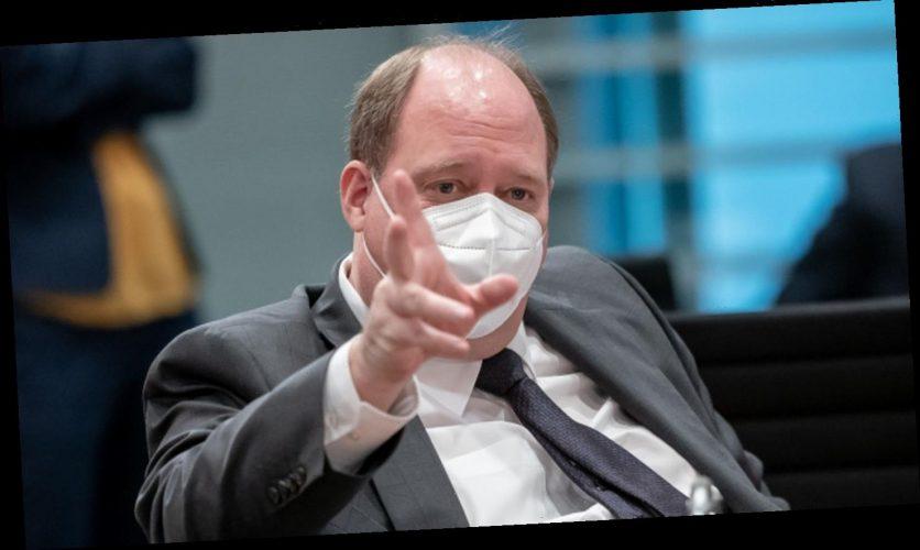 Kanzleramtschef Braun stellt Urlaubsreisen erst ab August in Aussicht
